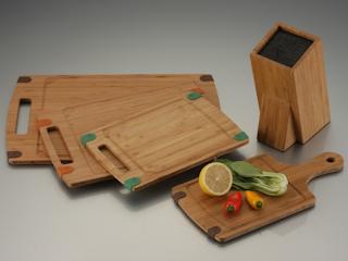Deski do krojenia z bambusa Neoflam.