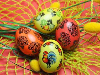 Porcelanowe dekoracje na Wielkanoc.