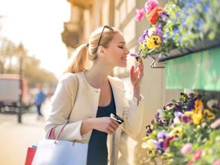 Jak miasta uwodzą nas zapachem, czyli na czym polega miejska magia zmysłów?