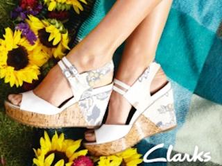 Kalejdoskop barw i wyjątkowe tkaniny w kolekcji sandałów Clarks sygnowanych przez British by Design