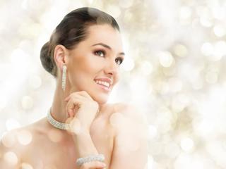 Modna biżuteria - co wybrać w tym sezonie?