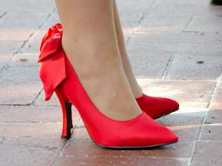 Damskie buty dostępne w internecie.