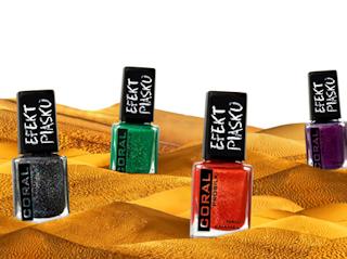 Efekt piasku na paznokciach z lakierami Delia Cosmetics.