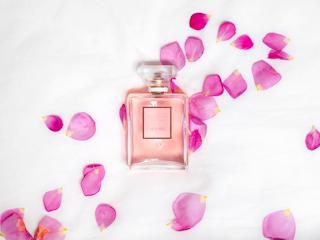 Egzotyczne zapachy perfum.