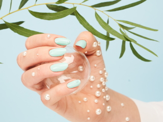 Wiosenne propozycje paznokci od Kabos.