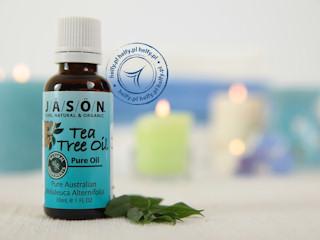 Oczyszczanie skóry twarzy za pomocą naturalnych olejów