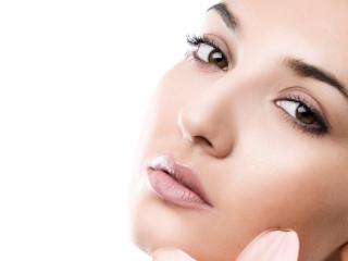 Usuwanie przebarwień skóry laserem