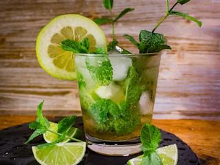 Babski wieczór - przygotuj własne alkohole.