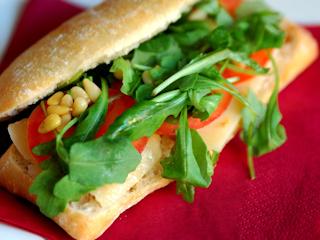 Przepis na włoską kanapkę panini z serem Gouda MSM Mońki.
