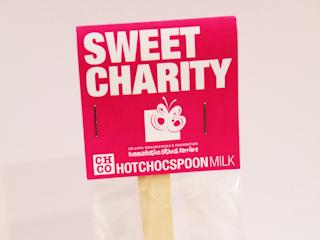 Hotchocspoon Sweet Charity - słodki produkt z przesłaniem.