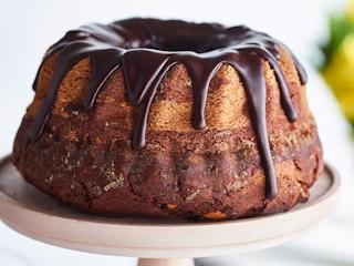 Świąteczne wypieki z E.Wedel. Odkryj przepis na czekoladową babkę wielkanocną.